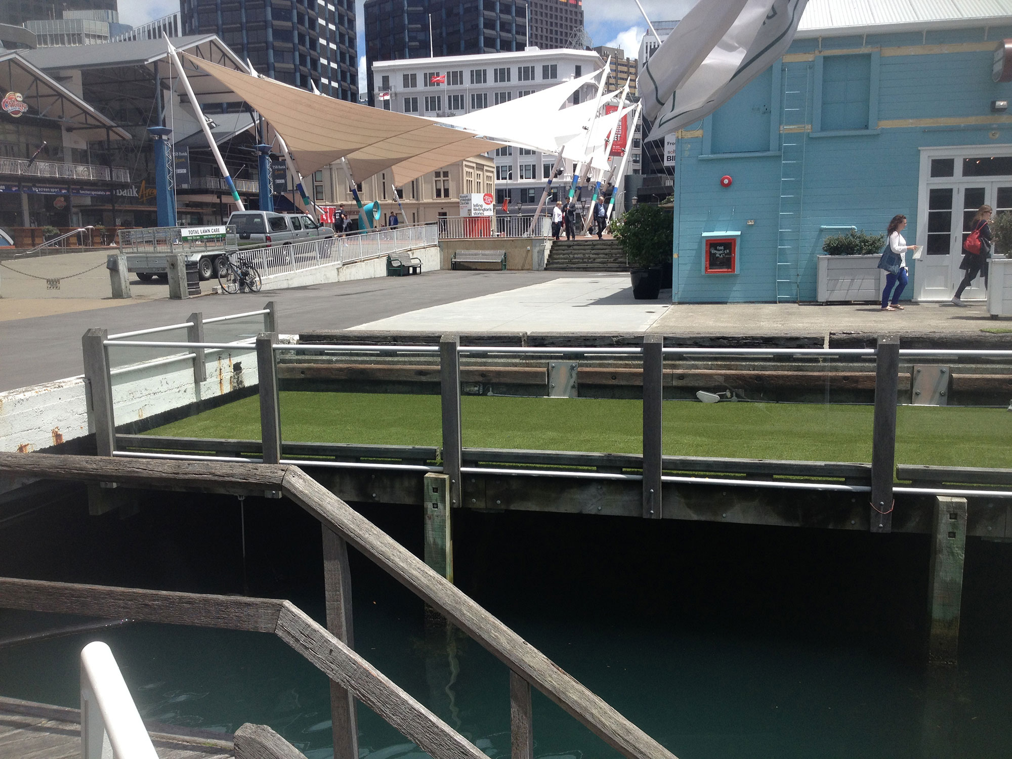 artificial grass at bars, cafes